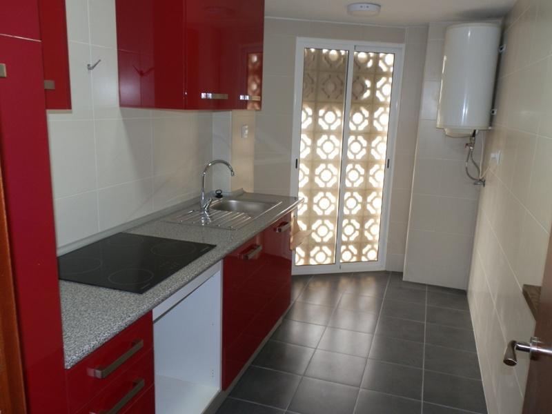 wohnung zu verkaufen in albir ref cr0982. Black Bedroom Furniture Sets. Home Design Ideas